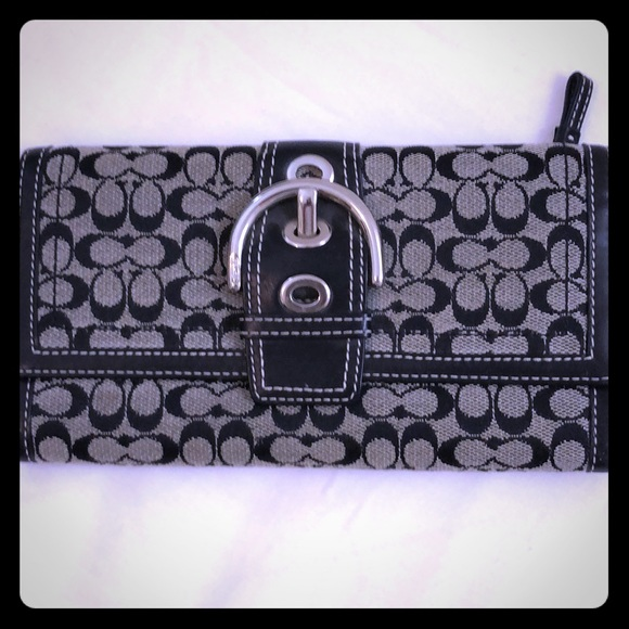 Coach Handbags - Coach Signature Wallet Black